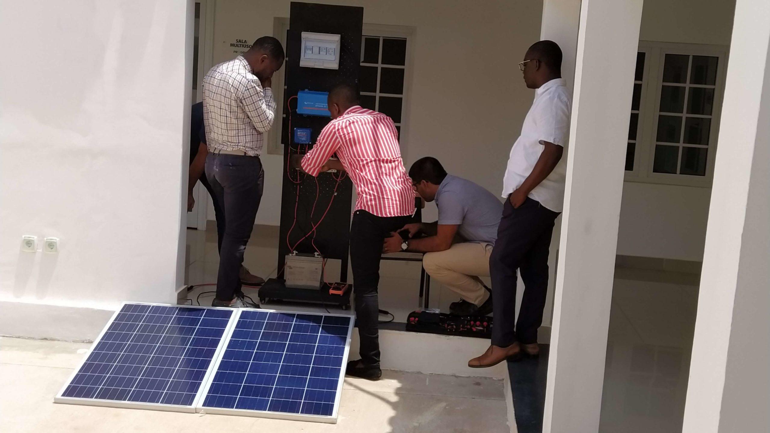 basic solar training Colombia